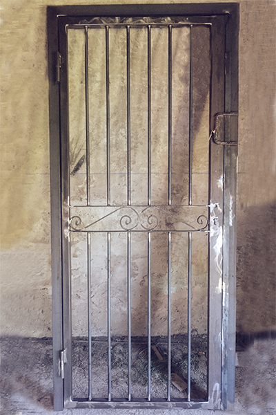 serrurier a Arles-serrurerie en Camargue-metallerie a Arles et dans les Alpilles-ouvrages metalliques a Arles, Vauvert et Saint-Gilles-escaliers metalliques-metallier Arles